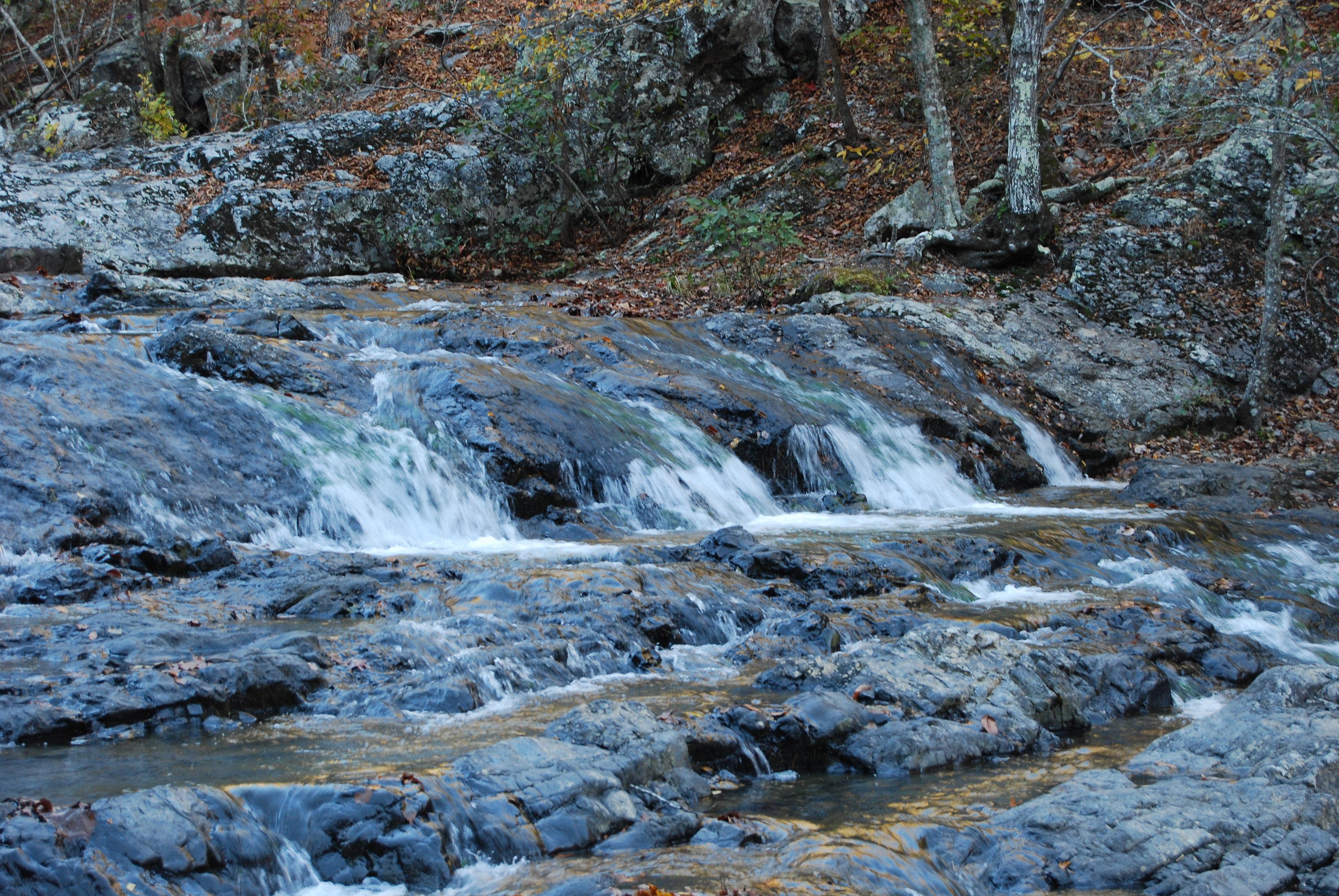 Triple falls at Little Missouri Falls
